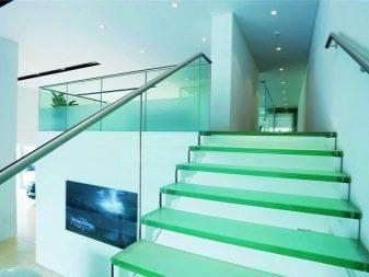 Длинные люстры для лестниц - советы по выбору и установке