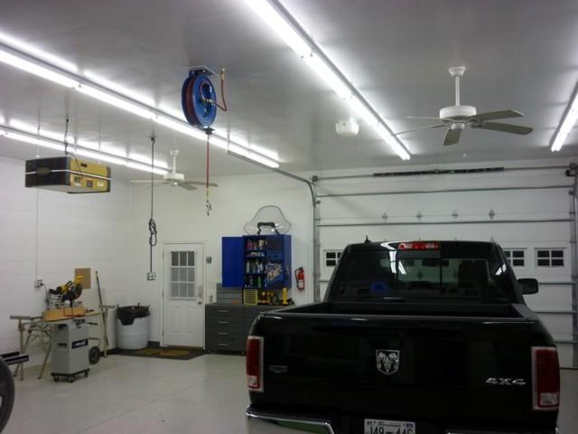 Освещение в гараже: нормы, схема, как лучше сделать