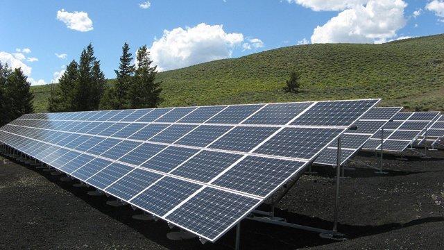 Какие лучше: монокристаллические или поликристаллические солнечные панели