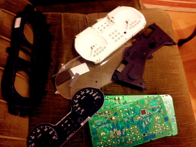 Замена лампочек подсветки печки и приборной панели рено логан
