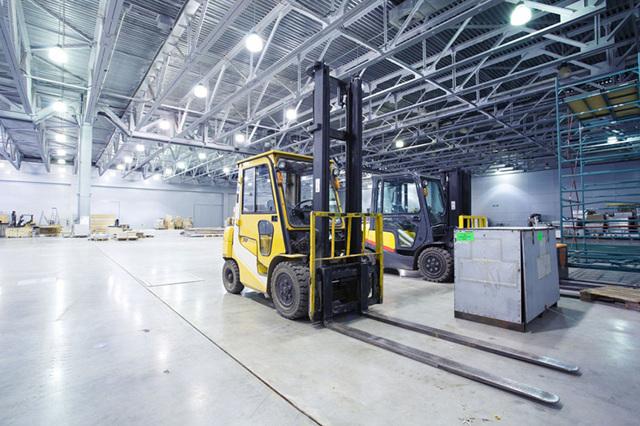 Освещение цехов промышленных предприятий: нормы и расчёты